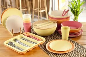 Разнообразная кухонная посуда
