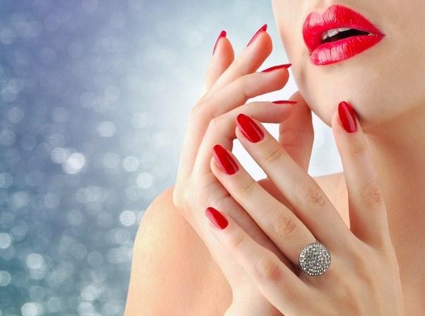 Топ-5 продуктов для красивых ногтей