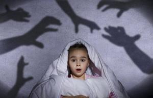 Чудище под кроватью: детские страхи